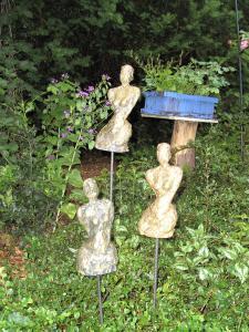 Wachtend in de tuin